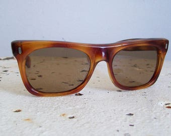 Vintage tortoise shell sunglasses O Friulana made in Italy glass lenses Wayfarer style 1960s