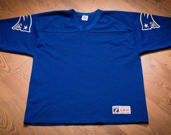 New England Patriots Logo Jersey, Blue Mesh Polyester Shirt, Vintage 80s-90s, NFL Football Team Apparel, Made in USA, Logo 7, Medium M