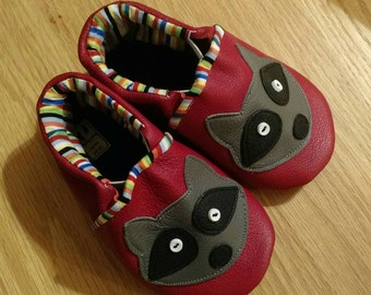 Baby boy red raccoon shoes size 6/ 18-24 months