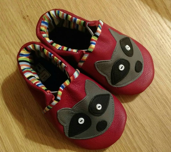 Baby boy red raccoon shoes size 6 18 24 months