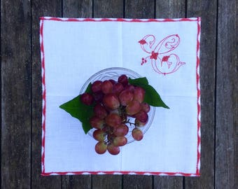 Red Monogram Scallop Linen Placemat Sets, White Christmas Cloth Dinner Table Mat,  Personalize Embroidered Wedding