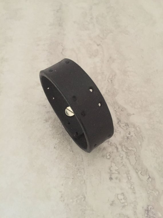Women's Black Handmade Thin Leather Bracelet (Size 6.0 inches)