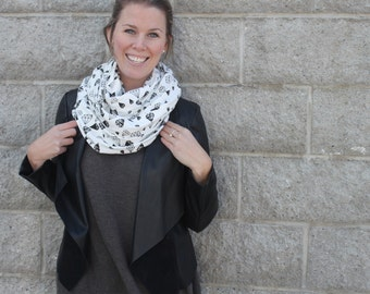 Diamond Print Infinity  Scarf, screen printed, Black and White, Made in Canada, Circle Scarf