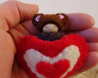 Valentine Bear, waldorf Valentine Doll, Heart Pouch, Small Peg Doll, Wearable, red, brown, pink, patterned wool, wood, eco toy