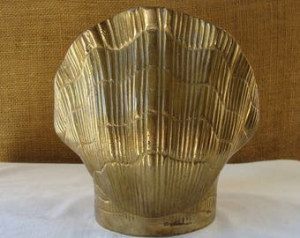 Vintage BRASS SEASHELL VASE Made in India Cast Brass Clam Shell Vase Planter Bowl Solid Cast Brass Clam Shell Seashell