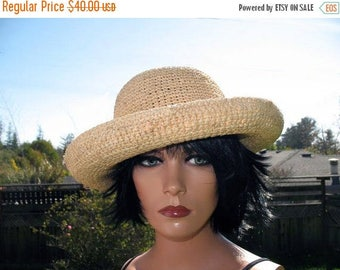 Fun Summer Boho Hipster  Big Brim  Scalla Natural Fiber Quality Dense Soft  Flexible Straw in Fabulous Condition