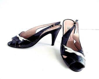 GUCCI Vintage Peep Toe Sling Back Dove Shoes Women's 38