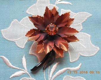 Beautiful Flower Brooch Large Gem Center