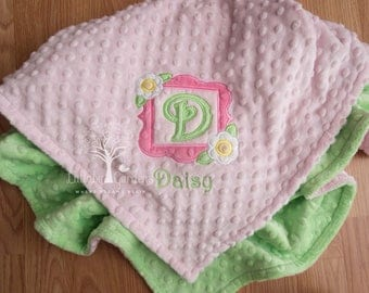 Personalized Minky Baby Blanket, Personalized Baby Gift, Monogramed Appliqued Minky Baby Blanket, Appliqued Initial Baby Blanket