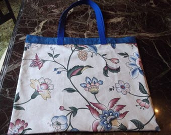 """REUSABLE MARKET BAG  XLrg 15.5"""" x 18"""" Designer Fabric, huge blooms on off white background affordable Eco-Friendly Gift"""