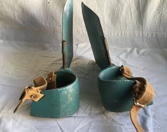 Vintage paddle pushers  fishmaster mfg co  floating tubing fishing  mancave  sporting gear collections