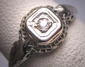 Antique Diamond Wedding Ring White Gold Filigree Setting c.1920 Engagement