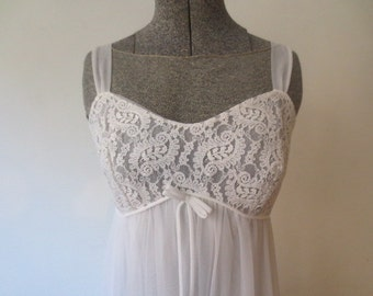 Vintage '60s Al Sterling Lisette Layered Chiffon & Lace Nightgown, XS, Small, 32