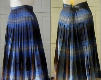 Vintage 50s Reversible BLUE Plaid Pendelton Pendleton TurnAbout Wool Pleated Skirt - Waist 30""