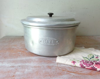 Vintage Waratah Brand Cake Tin - Gift for her