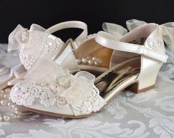 Flower Girl Shoes Flower Girl Wedding Vintage Lace Wedding Flower Girl Shoes Wedding Girl Shoes Wedding Shoes Christening