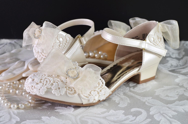 flower girl shoes flower girl wedding vintage lace wedding. Black Bedroom Furniture Sets. Home Design Ideas