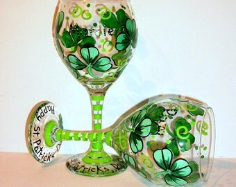 Shamrocks or 4 Leaf Clover Happy St. Patrick's Day Wine Goblets Glassware Set of 2 - 20 oz. Red Wine Glasses St. Patty's Day Kelly Green