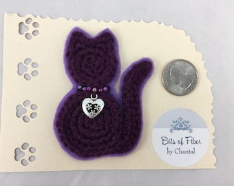 Cat or kitten applique or brooch, crocheted cat barrette, deep purple cat clip