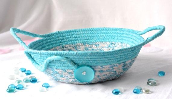Turquoise Gift Basket, Handmade Blue Yarn Bowl, Shabby Chic Key Bowl, Aqua Blue Jewelry Basket, Unique Turquoise Kitchen Decoration