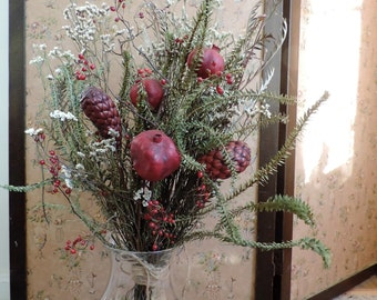 Dried Flower Bouquet Floral Arrangement Holiday Christmas Pomegranate Red Berries Pods Greens Decoration Winter Red Green White Flowers