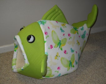 Fish Shaped Cat Bed Dog Bed Spring Butterflies Green Polka Dot