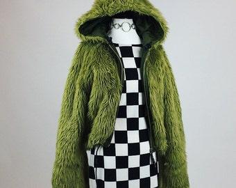 90's XOXO Avocado Green Shaggy Faux Fur Reversible Cropped Hooded Coat // M - XL