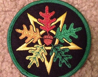 Oak leaf pentagram acorn pagan wicca patch black green autumn