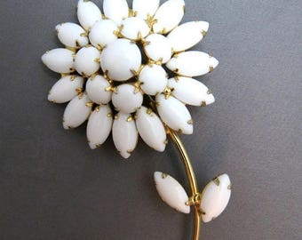Stunning Signed WEISS, Domed, Multi-Dimensional, Large White MILK GLASS Vintage Flower Brooch/Pin - Magnificent