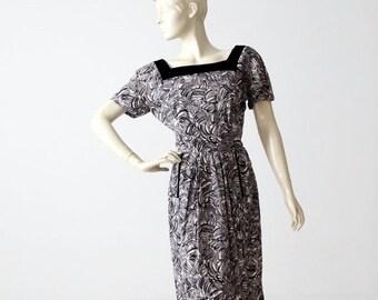 SALE 1950s abstract print wiggle dress