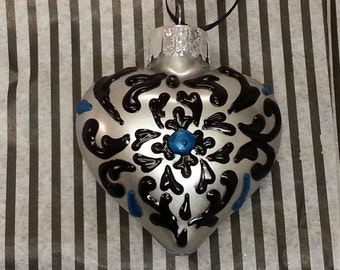 Azulejo Heart Ornament