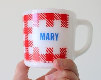 Vintage MARY Coffee Mug....checkered. retro. name. coffee. tea. drink. serving. eat. kitsch. diner. red. home decor. checkered. mothers day