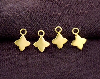 4 of 925 Sterling Silver 24k Gold Vermeil Style Flower Charms 7 mm.   :vm0895