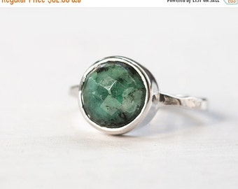 40 OFF SALE - Raw Emerald Ring - May Birthstone Ring - Gemstone Ring - Stacking Ring - Sterling Silver Ring - Round Ring