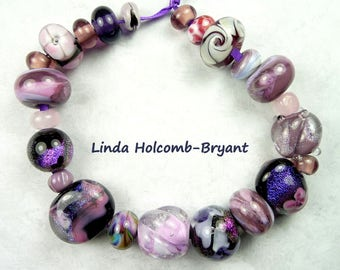 Lampwork Glass Bead Set of 23 Beads of Purple and Pink