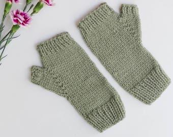 MOSS GREEN Fingerless GLOVES || Handknit || Alpaca Blend