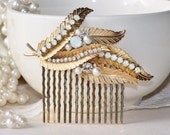 Vintage Gold & White Opal Brooch Hair Comb,Desginer Brooch Hair Comb,Bridal Hair Comb,Faux Pearl,Leaf,Leaves,Lisner Gold Pearl Brooch,OOAK