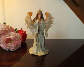 """6 3/4""""H The charming Angels collection. Faith...Guardian of Prayer.The  Boyds collection. Edition Piece # 3E/1439.Stile # 28237 Gift idea"""