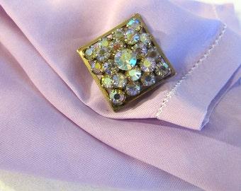 Small Vintage Prong Set Rhinestone Cluster Pin