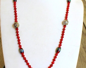 WINTER SALE Vintage Hand Tied Murano Red Art Glass Necklace in Excellent Condition