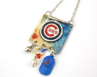 Chicago Cubs Baseball Necklace WORLD SERIES CHAMPS!