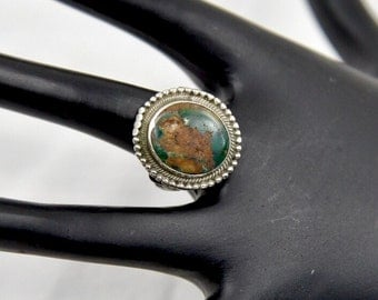 Vintage Green Turquoise Gemstone Native American Sterling Silver Southwest Ring