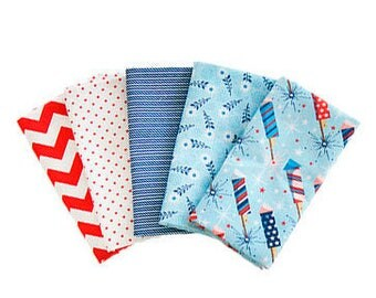 "SALE, Parade on Main Fat Quarter (18""x21/22"") Bundle of 5, by Riley Blake, July 4th Fabric Bundle, Red, White and Blue"
