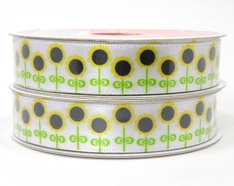 Sunflower Ribbon, Row of Sunflowers, White Ribbon with Sunflower Design. Flower Ribbon 5/8 inch ribbon 3 yards