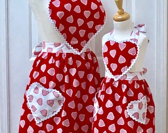 1950's Retro Apron Mommy and Me Retro Hearts and Gingham Reversible Apron Set