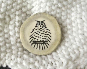 Large antler button hand carved with owl design