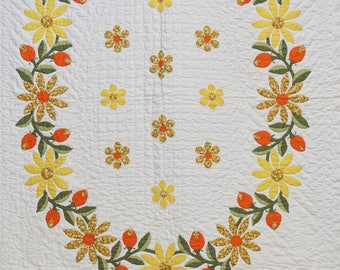 Cheerful vintage applique quilt / Vintage quilt / Vintage bedding / Antique quilt / Hand sewn hand made quilt