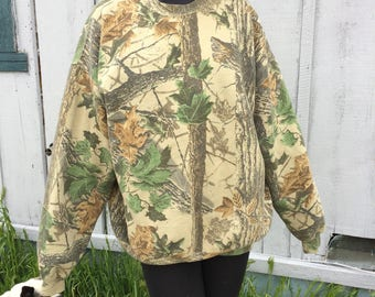 Vintage real tree all over print xl hoodie