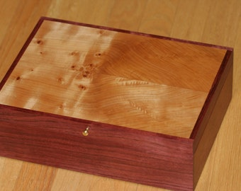 Watch Box, Jewelry Box, Valet, Keep sake, Handmade,  Purple Heart, Maple (JB0071)