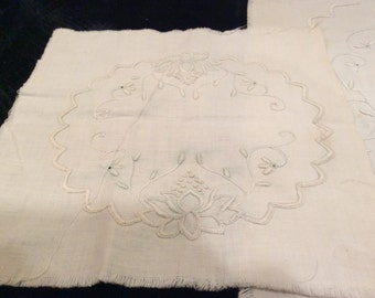 Vintage Embroidered Table Linen Project Vintage Embroidery, Vintage Linens